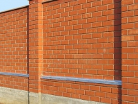 Забор из красного кирпича в г. Самара