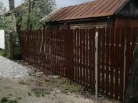 Установлен забор из штакетника и сварной сетки - 19 км