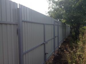 забор из профлиста 2 метра