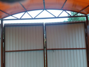 Навес из поликарбоната п. Старая Бинарадка